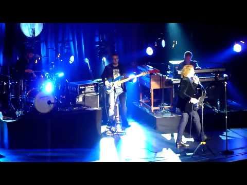 Mick Hucknall - Lonely Avenue (live @ Brighton Dome)