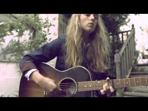 Marika Hackman Interview - Burberry Acoustic