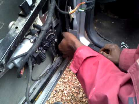 How to remove the door frame b6 b7 audi a4 2002 2008 for 2002 audi a6 window problems