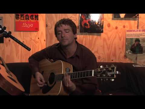 I Am Kloot - Over My Shoulder (Live)