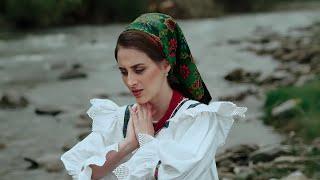 Descarca Oana Font - Zdeara o mama langa-un tau