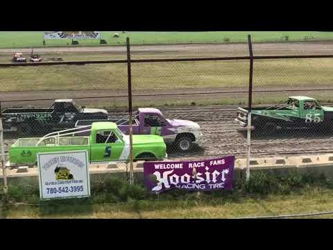 Drayton Valley Speedway - stock car racing action!