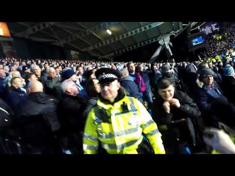 Huddersfield Town go one nil up vs Man City and the fans go wild