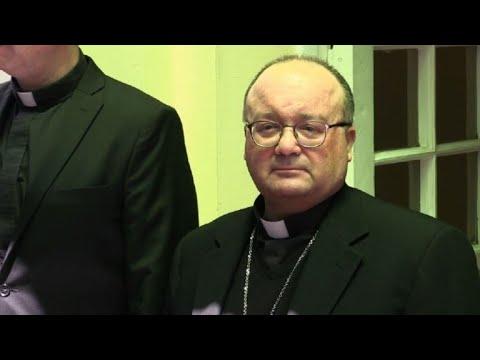 Enviado del Vaticano recibe testimonios de abuso sexual en Chile
