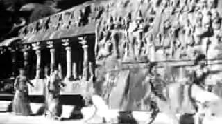 Tamil Movie Song   Server Sundaram   Silai Eduthaan Oru Chinna Pennukku