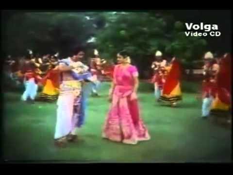 Madhura Murali Hrudaya Ravali - Oka Radha Iddaru Krishnulu (1985) | Ilayaraja