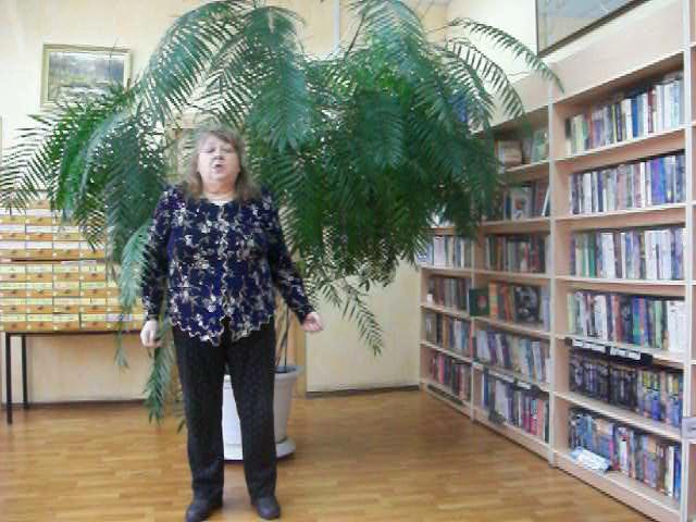 Изображение предпросмотра прочтения – ОльгаЯсиновская читает произведение «В.И. Ленин» В.В.Маяковского