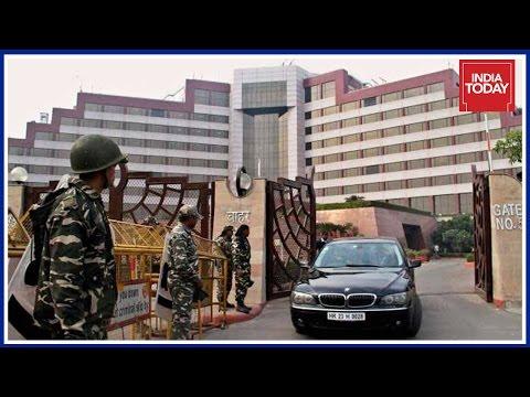 CBI Raids Delhi Secretariat Over 'Security Scam' In Health Department