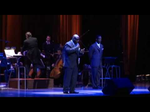 BOYZ II MEN & The NY Symphonic Ensemble - SO AMAZING