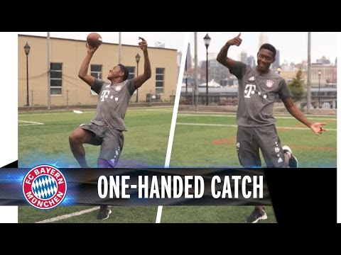 One-handed Catch from David Alaba | #AudiFCBTour