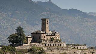 Castello di SARRE Reggia Sabauda (Valle D'Aosta) esterni ed interni