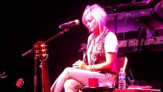 "Lorrie Morgan ""Something in Red"" live in Oklahoma"