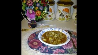 Hungarian Goulash Soup  /   GulyÁs Leves