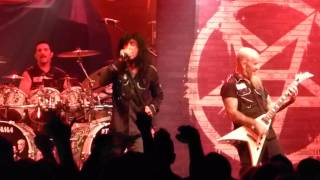 Anthrax - Neon Knights (Black Sabbath Cover) Live - Montreal 09/18/2015
