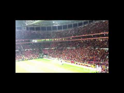 Galatasaray 3-1 fener 07.12.2011 Maç Sonu Şölen // Telgrafın Tellerine Kuşlar mı Konar