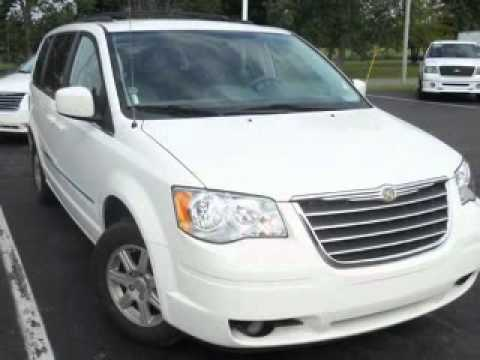 2010 Chrysler Town & Country - Owosso MI