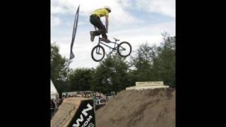 The Best Bmx Song Ever, Bike Jumps - Komes