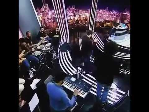 Adham nabulsi meshta2 live 2017 ادهم نابلسي مشتاق بطريقة مبدعة