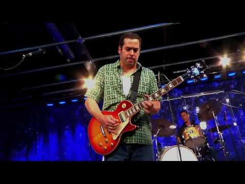 Albert Castiglia - Drowning At The Bottom - Don Odells Legends