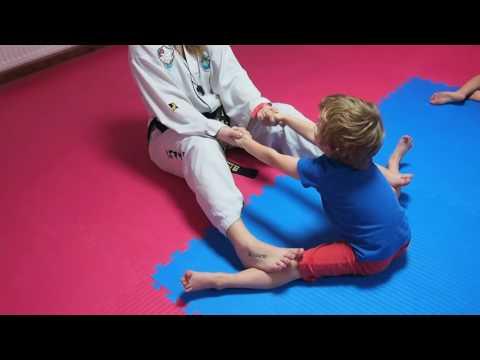 TAEKWONDO KIDS TRAINING (4-8 years old) - Fun-Kick Group - CSW TKD WESOŁA