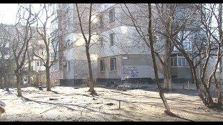 Активисты модернизируют старый двор на Черемушках