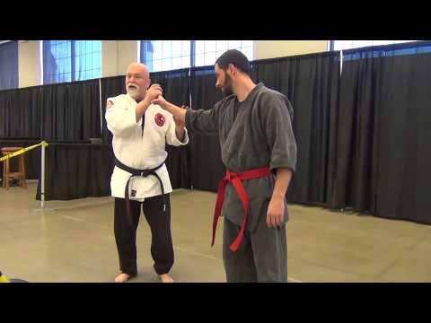 Jerry Dozier demonstrating Small Circle Jujitsu