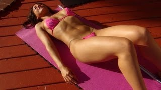 Girl's Home Bikini Abdominal Workout!
