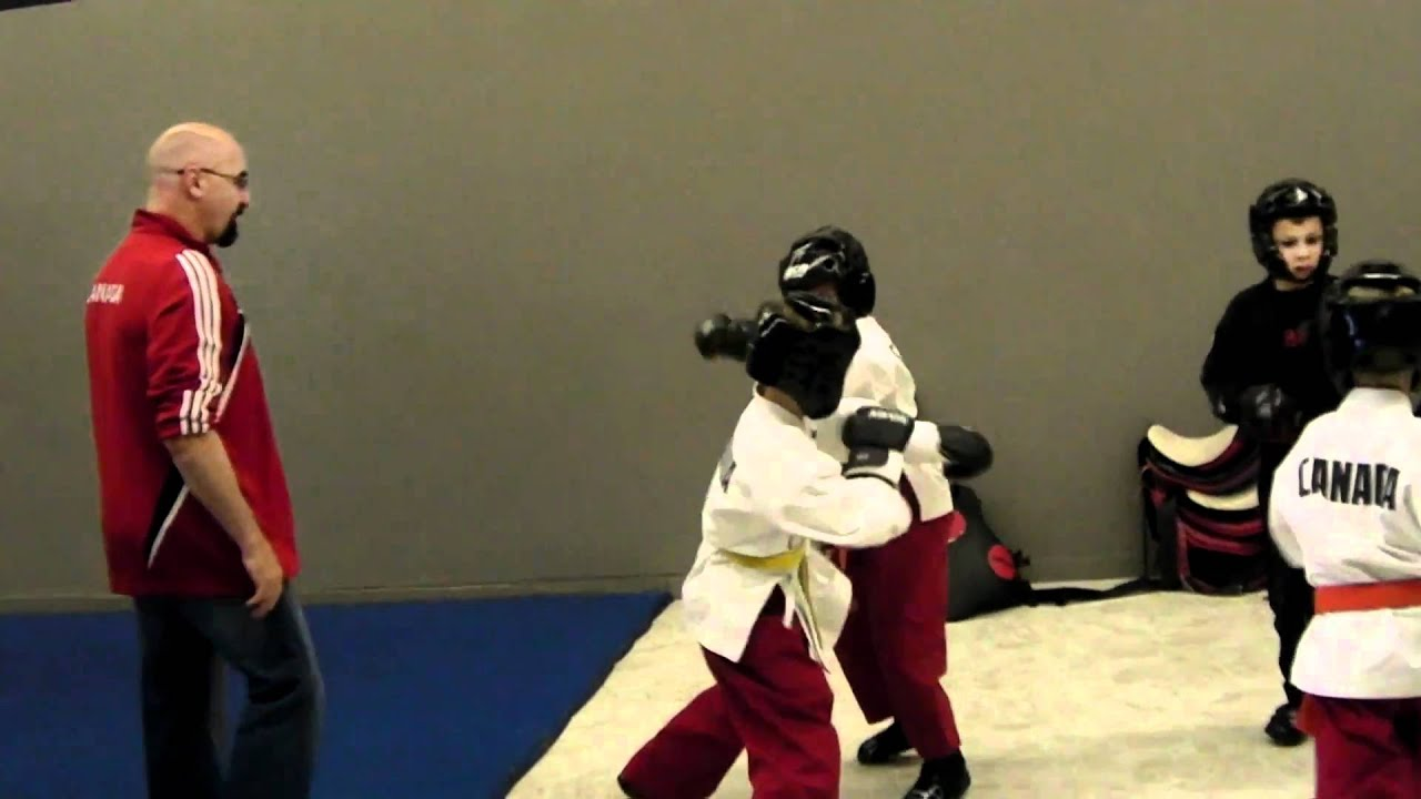 Download Lucas Proteau - Sparring Night!