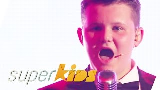 Goldfinger - Shirley Bassey (James Bond Theme by Ellis Chick 14yrs old) | Superkids