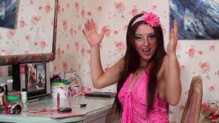 Смотреть клип Виолетта Дядюра - Моя Подруга Крокодил