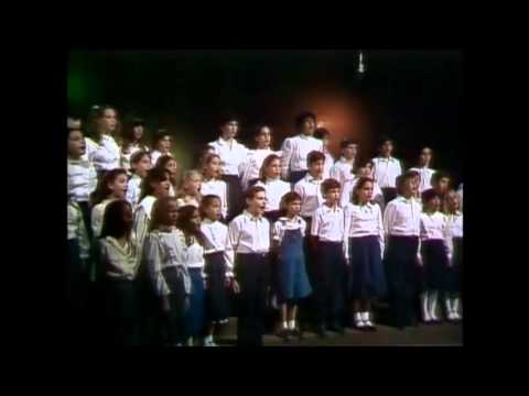 RASG HEBREW ACADEMY Excerpt from FLAMES OF FREEDOM CHANUKAH TV SPECIAL