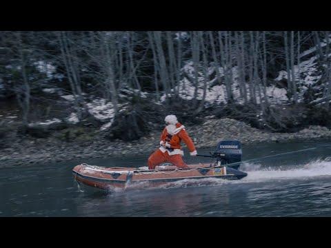 SANTA CLAUS GOES FISHING FOR CHROME STEELHEAD - HILARIOUS HAPPY HOLIDAYS!!!!!