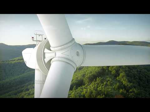 Enercon EP5 With Lagerwey Climbing Crane [see Min 1:57]
