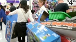 More shoppers getting Black Friday deals online