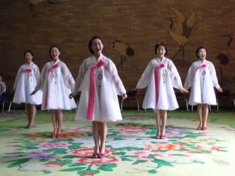 North Korea, Children's Palace - Singing Lesson