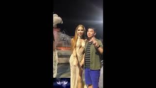 Trả tiền được sờ ở Thái lan ( Pay cash, you can touch :D