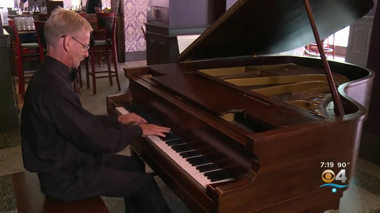 Slikovni rezultat za Homeless Man Gets Second Chance As Hotel Pianist