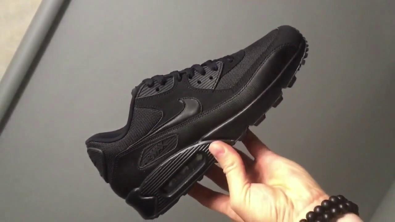official photos 6b217 86541 Nike Air Max 90 Essential All Black 537384-090