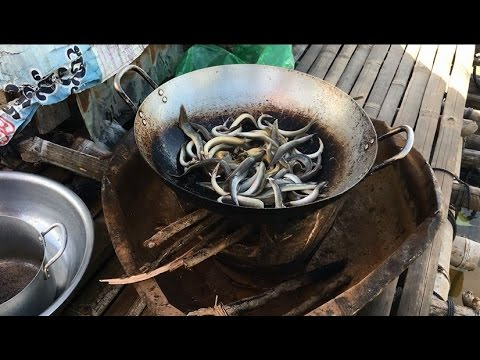 cleaning and cooking fish in my village | fry fihs in cambodia