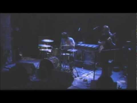 John MAKAY@Music Box (Lisboa-04-02-2011) - 01-In the Mood for John.wmv