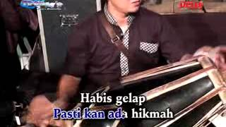 Download 02 MENGGAPAI MATAHARI Mp3