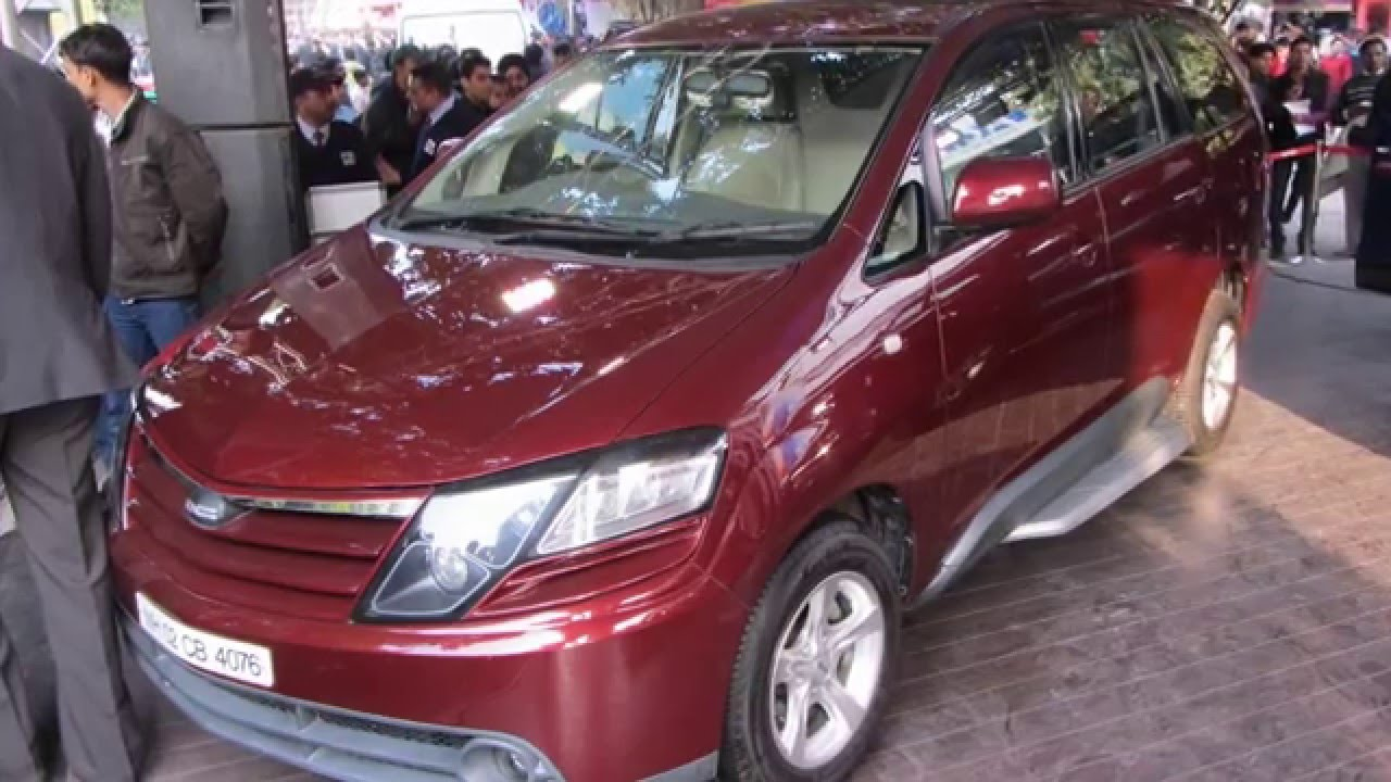 Dc Modified Toyota Innova In India At Delhi Auto Expo Youtube