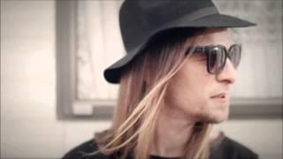 Video - Ktoś Nowy  2015 ( Audio )