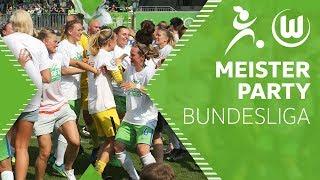 Meisterfeier nach Abpfiff |  Deutscher Meister 2017/18 | VfL Wolfsburg Frauen