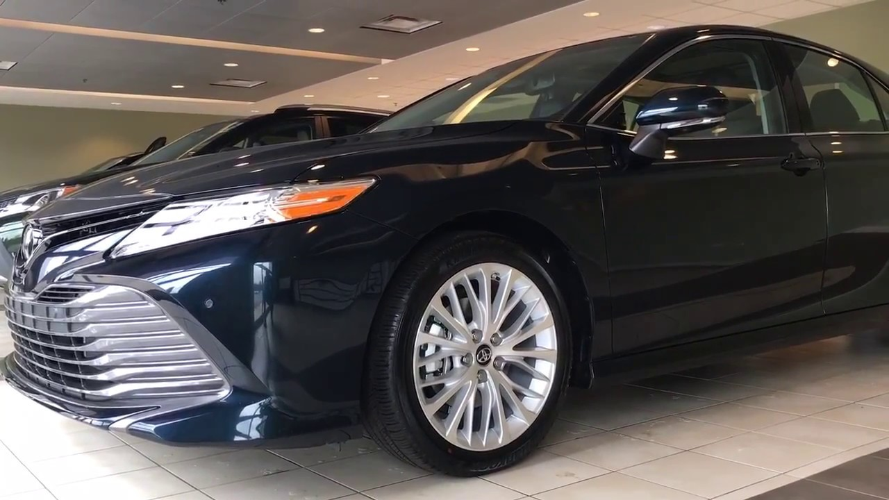 2018 Toyota Camry XLE v6 with 360 view Camera ready for ...