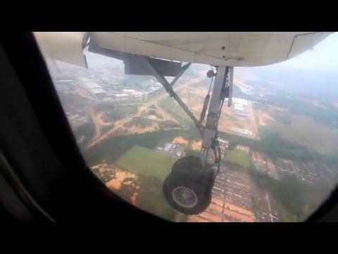 Berjaya Air Dash 7 landing at Seletar Airport (TOD-XSP)