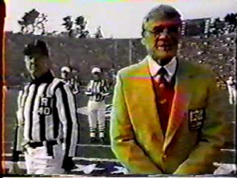 Ronald Reagan Flips deciding coin for Superbowl 1985