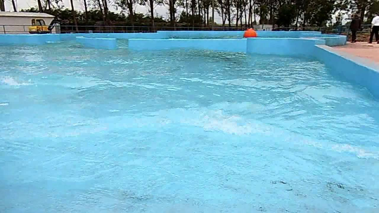Apertura el mundo del agua youtube for Piscinas leon valencia don juan