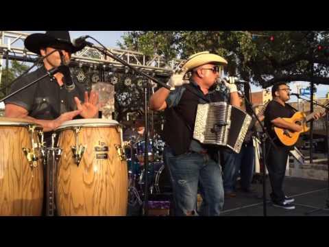 Sunny Sauceda - Cumbia Medley