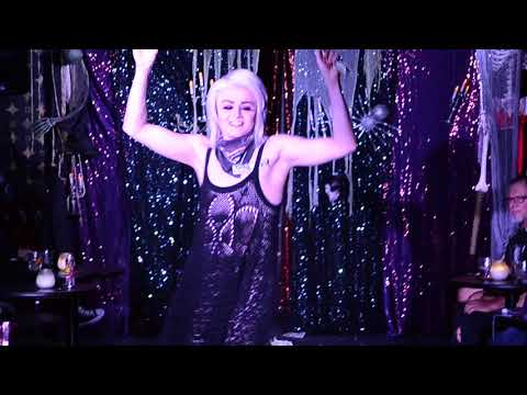 RUPAUL'S DRAG RACE SPECIAL GUEST STAR Tammie Brown - Dancer Dance